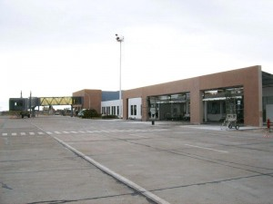 Seis ofertas en la licitación, de entre 162 y 200 Millones de pesos, para rehabilitar y ampliar la pista del Aeropuerto de Trelew