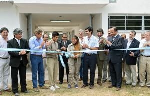 Urtubey inauguró obras en la EMETA de Yacuy y dijo que será referente de la educación técnica del departamento San Martín