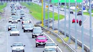 Construyen el tercer carril en la autopista Buenos Aires-La Plata