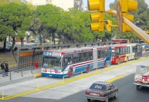 Harán un Metrobus en la autopista 25 de Mayo y otros dos en el GBA