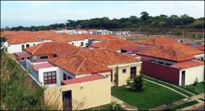 Oferta de Cemyc SRL, Caballi S.A y Szczech y SzczechSe por 250 nuevas viviendas del IAPV para Paraná