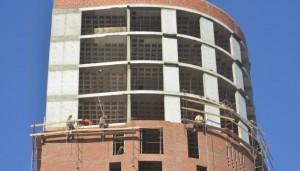 Empresas y obreros de la construcción piden reducir el «costo Córdoba»