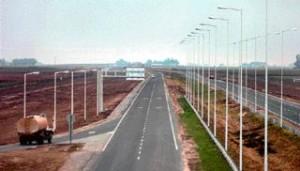 "Apertura de licitación ""Autopista Ruta Nacional N° 40- Acceso Norte"" 6 Ofertas $600/700 Millones"