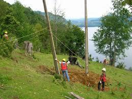Electricidad a los parajes Palmitas y Tres Cerros $3,8 Millones
