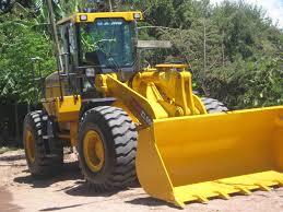 Adquisición de equipos y maquinaria vial $12,5 Millones