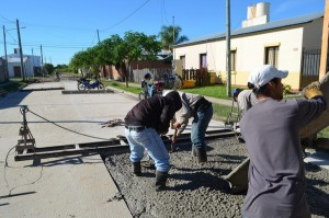 Obras de Pavimentación en Santa Lucía $48 Millones