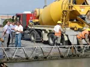 Rutas del Litoral S.A. avanza con los trabajos de pavimentación en la Av. Alvear