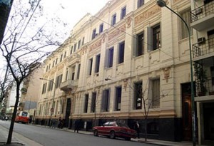 Renovación de las instalaciones eléctricas del Colegio Carlos Pellegrini