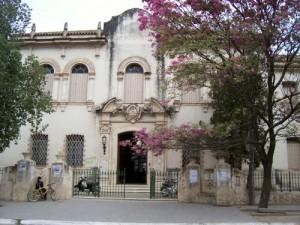 Domus Refaccionara la Escuela N°127 en La Banda