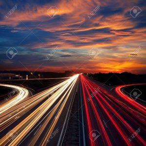 2800 km de autopistas $ 200.000 Millones