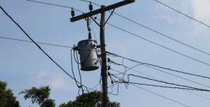Catrilo red de energía eléctrica en barrio de 40 unidades