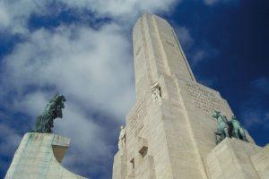 $135 millones para poner a nuevo el Monumento a la Bandera