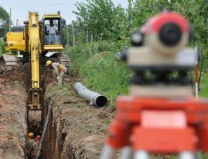 Ofertas para la construcción del colector aliviador centro