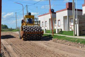 Apertura de sobres para la obra de pavimentación de la calle Seguí