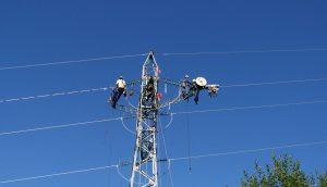 Obras eléctricas en San Bernardo, Fortín Olmos, Romang y Villa Ana