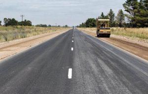 Ranchos: El Intendente Álvarez participó de la licitación de la ruta 215 a Loma Verde