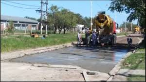 Novelli SAIC comenzó la pavimentación de la avenida Toledo en Barranqueras $24 Millones