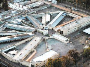 Mendoza aceleran construcción de dos penales