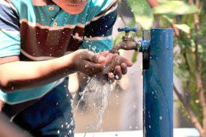 Fondos para obras de provisión de agua potable en Leandro N. Alem $176 Millones
