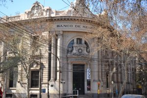 DELA SA obras de reparación en el edificio del ex Banco Mendoza