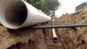 Comodoro colector cloacal en Km 14 y pluvial en Laprida 4 Empresas