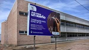 Construcción del nuevo edificio de la EPET N°22 de Centenario $88 Millones 3 Ofertas