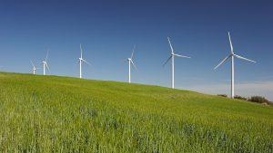 Firmaron cinco nuevos contratos de la licitación de energías renovables
