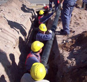Adjudicación de Trabajos de apertura y cierre de pozos de redes de distribución de agua potable y desagües cloacales $254 Millones