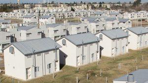 Desde el IPV negaron la pérdida de la licitación de mil casas de Tucumán