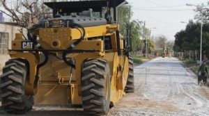 170 cuadras: La pavimentación comenzó en Mateo Sbert y Fray Cayetano Rodríguez