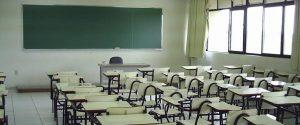 Escuela de Educación Media Barrio Sur y Jardín en Barrio Solanas Puerto Madryn $54 Millones 3 Ofertas