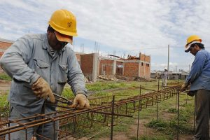 Otra constructora podría terminar las obras del Policlínico de Lomas de Tafí