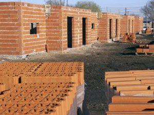 Finalización de 24 viviendas en Laguna Paiva y la urbanización de 100 lotes $38 Millones 3 Ofertas