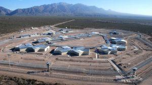 Con una contratación directa, terminarán la cárcel federal de Cacheuta