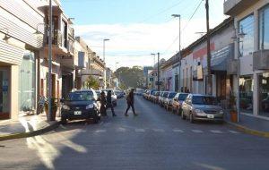 Semipeatonalización de la calle Comodoro Rivadavia $4 Millones 5 Empresas