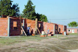 Tres Arroyos 35 viviendas: dos firmas $ 33 Millones