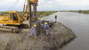 Continúa con la construcción del nuevo puente sobre el Arroyo Saladillo Amargo