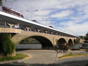 Se firmó el contrato por puente en Carlos Paz $ 65 Millones