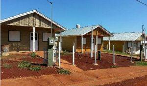 Firmaron acuerdo para construir viviendas sociales de madera