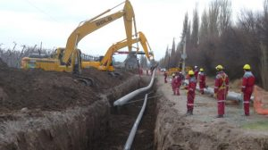 CR Constructora avanza la obra de la red de gas en el barrio $ 10 Millones
