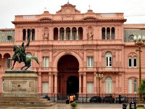 Remodelación Casa de Gobierno Nacional $ 225 Millones 2 Ofertas