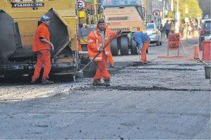 Ofertas para la obra de pavimentación de calle Roca, conexión con Ruta Nacional Nº 3 $ 8 Millones 3 Ofertas
