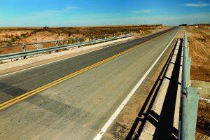 Obras para puente sobre río Santa Cruz $ 75 Millones 2 Ofertas