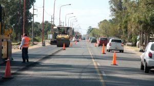 Obras de drenaje, pavimentación de calles colectoras y ciclovías de la Ruta Provincial Nº 1 – Santa Fe 6 Ofertas $ 392 Millones