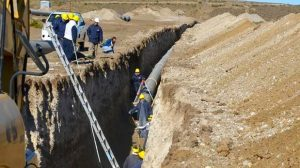 El Gobierno le saca una millonaria obra a Cristóbal López y revisa otros contratos