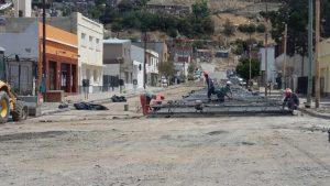 Adjudicaron obras de servicios básicos y de reparaciones viales en Comodoro