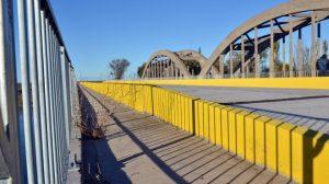 Ruta 232 y puente nuevo de un solo lado. Rio Negro – La pampa.