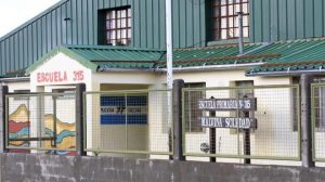 Cuatro empresas pugnan por la obra de ampliación de la Escuela 315 BARILOCHE $28 Millones