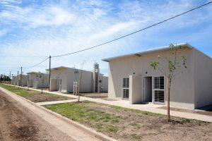 Lifschitz firmará el contrato para hacer 640 viviendas