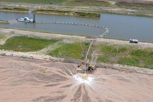 Pre adjudicaron el dragado del Río Salado $8.200 Millones